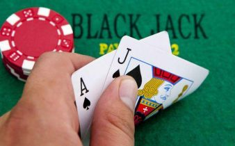 playing blackjack online